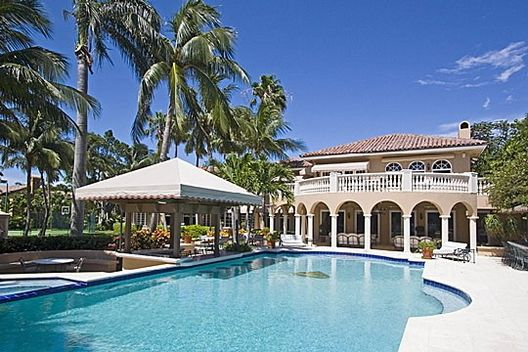 a-mansion-i-saw-that-was-humonguos-miami-beach-united-states+1152_12930329018-tpfil02aw-29452